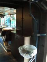<p> Встроенные шкафы для посуды в Бард-кафе Синий троллейбус.</p>