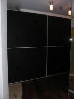 <p> Встроенный шкаф купе с компланарной системой раз движения.</p>